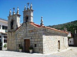 Igreja Paroquial de Pinheiros