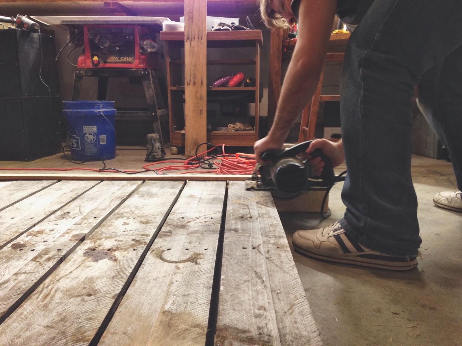 DIY West Elm Pallet Wood Nightstand - Like The Yogurt