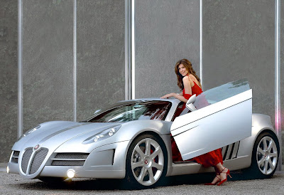 BEAUTIFUL CAR GIRL WALLPAPER