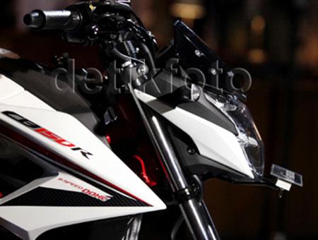 Honda CB150R StreetFire Special Edition 7