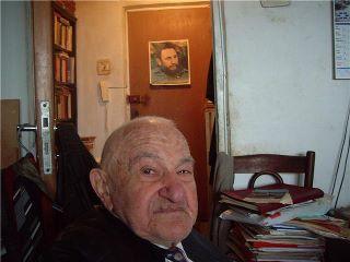 Foto en su casa (por Eduardo Salceda) - 304732_2316818073963_1054823933_2722565_284317770_n