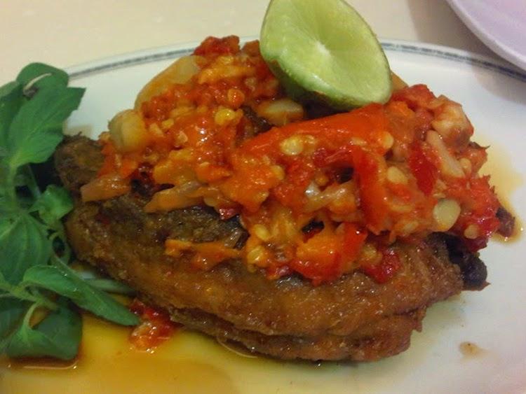 Resep Membuat Ayam Goreng Presto Tulang Lunak Special
