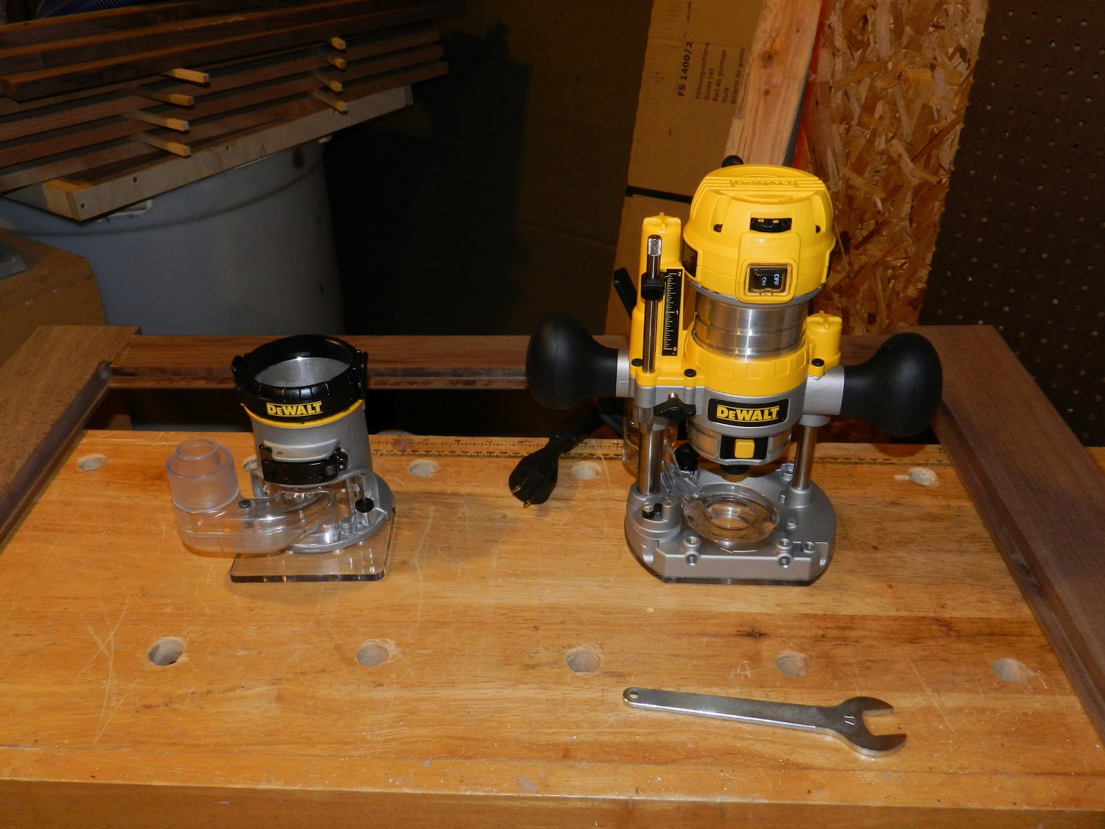 Documenting my dewalt dwp611pk the penultimate woodshop the dwp611pk trim router kit keyboard keysfo Choice Image
