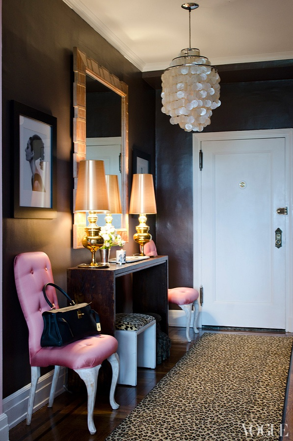 This Midtown Manhattan Apartment Belongs To Alina Cho, A CNN Journalist And  The Host Of Fashion: Backstage Pass. With The Help Of Decorator Bibi  Monnahan, ...