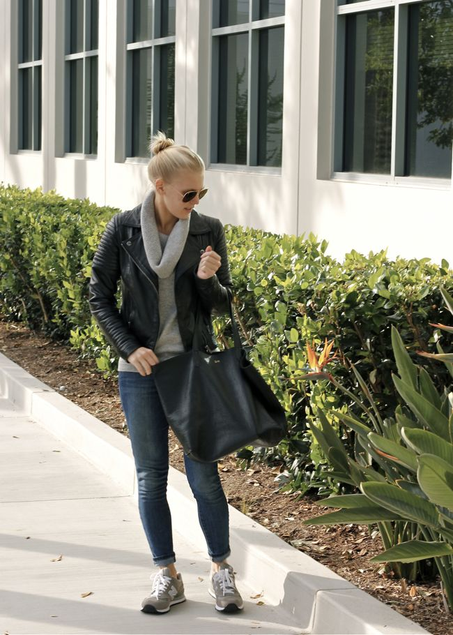 Shae Roderick, OC Blogger, Outfit, Style, Look, Cashmere, Sweater