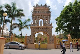 La pagode Vinh Trang, My Tho