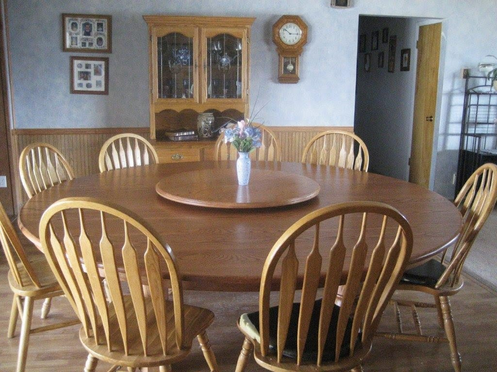 Round Table Tracy Amish Peddler Custom Handcrafted Amish Furniture April 2011