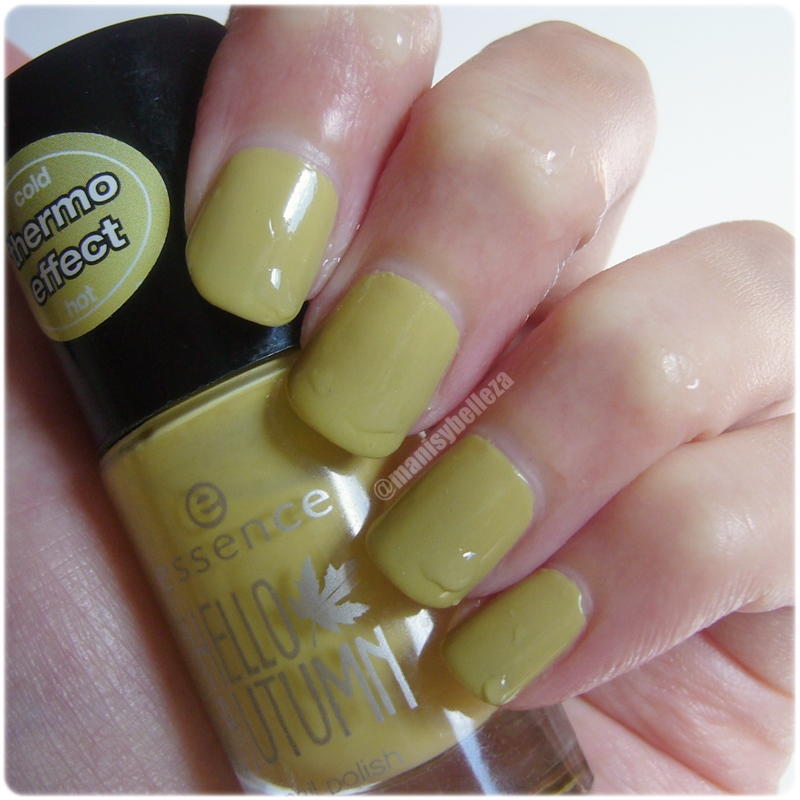 Nail polish 03 Charlie seen in green Hello Autumn Essence thermo effect