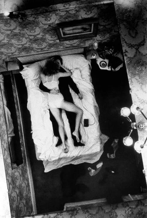 Auto-retratos ao espelho de fotógrafos famosos - Helmut Newton