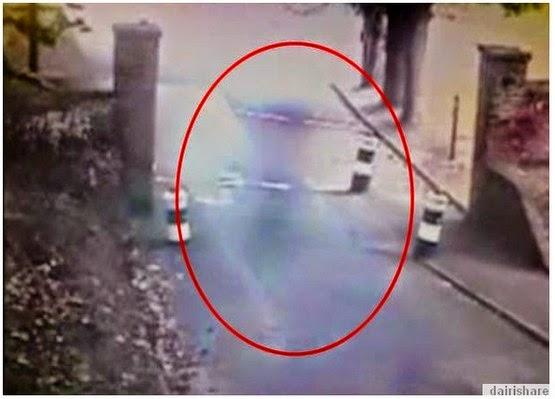 Banyangan Hantu Terakam Dalam CCTV Di Banggunan Bersejarah