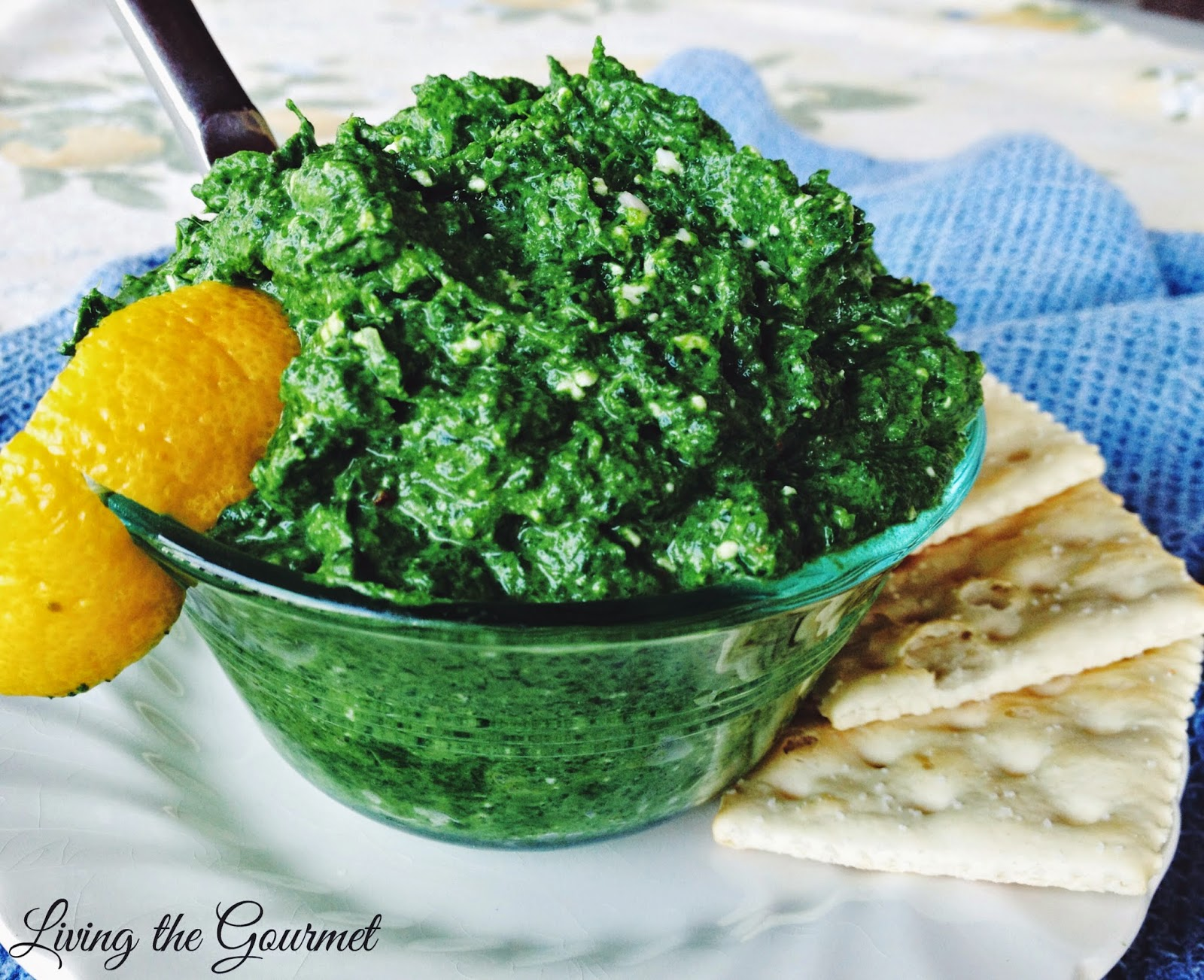 Fresh Spinach and Gorgonzola Dip - Living The Gourmet