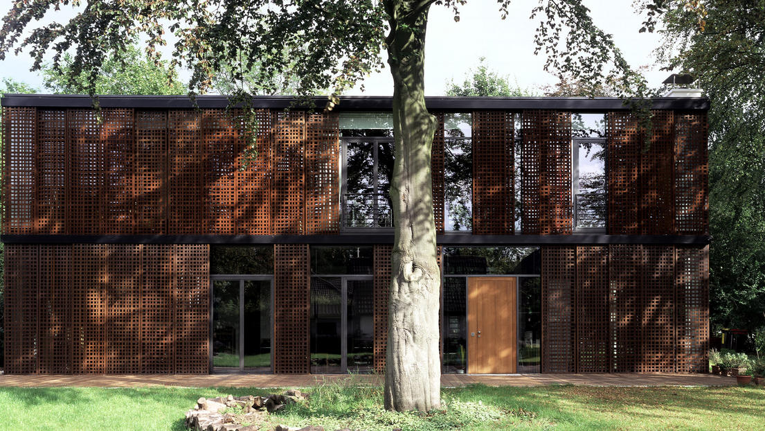 Modern German House | Alvano Residence | Hamburg | Germany | GMP Architekten
