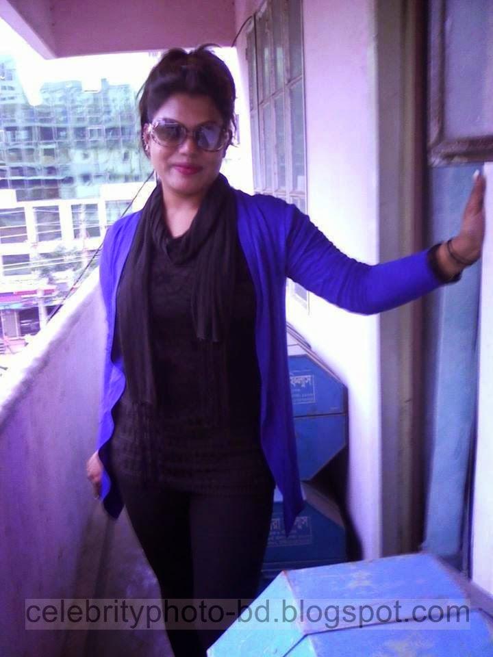 Dhaka%2BEden%2BGirls%2BCollege's%2BHot%2BCall%2BGirls%2BLatest%2BPhotos012