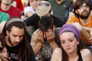 Νέοι Ισπανοί διαδηλώνουν στη Μαδρίτη κατά της υψηλής ανεργίας