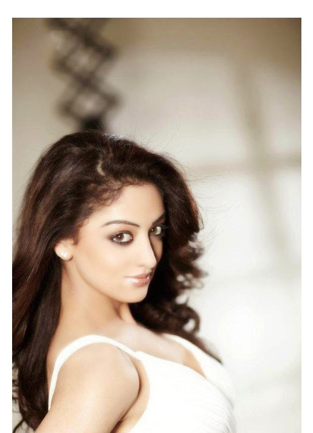 Bollywood Actress Sandeepa Dhar Latest Photos
