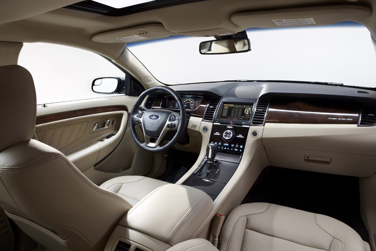 2013 Ford Taurus Limited Interior