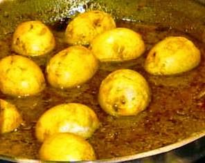 Cucinare lontano 457 curry di uova sode for Cucinare 2 uova