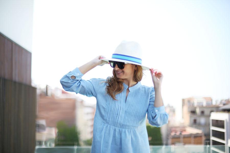 Sombrero panamá azul
