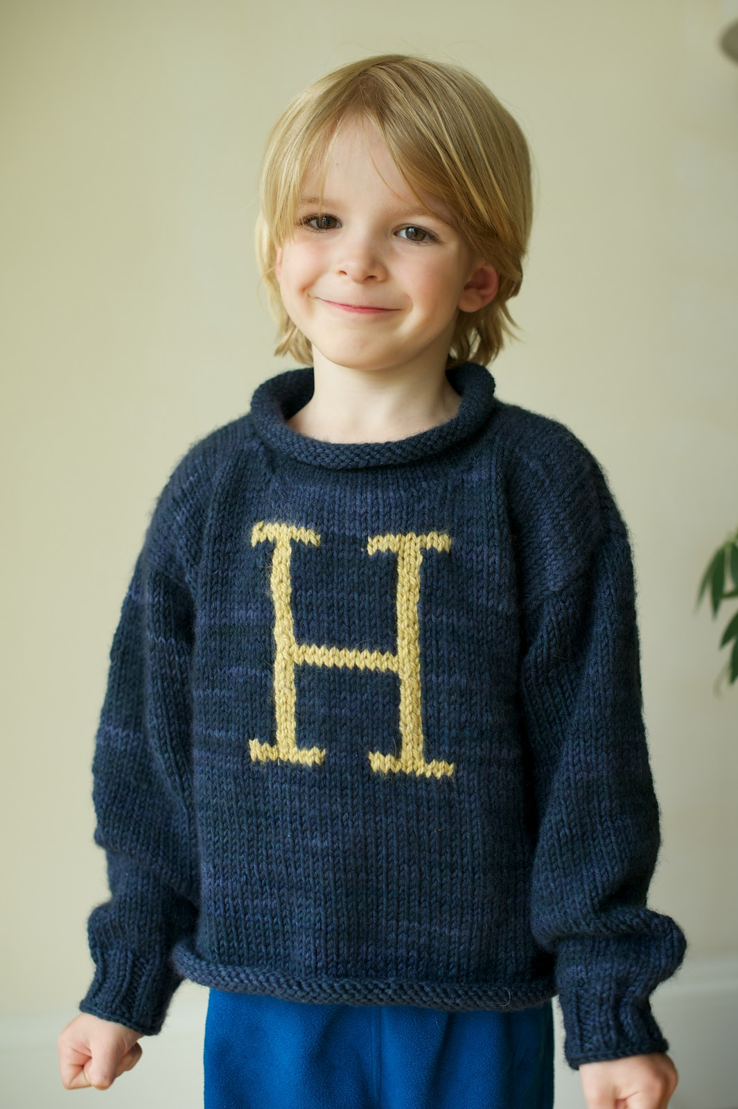 Knitting Pattern For Weasley Sweater : Life at the condo: A new sweater for Hen