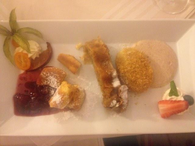 Dessertvariation: Powidltascherl, Apfelstrudel, Kaiserschmarren © diekremserin