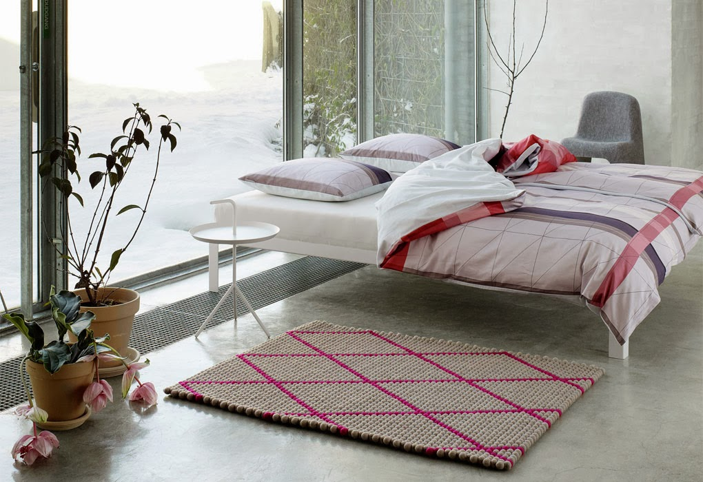 hot pink pattern rug