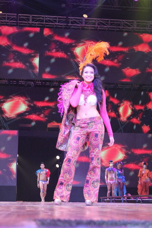 CARLTURE: Bench Universe: The 2012 Denim and Underwear Show