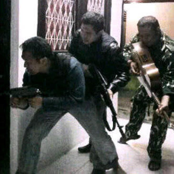 [Uncensored] Baku Tembak Densus dan Tersangka Terorisme