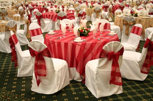 MyTotalNet.com: Wedding Decor, Salons Decorated in Red 1