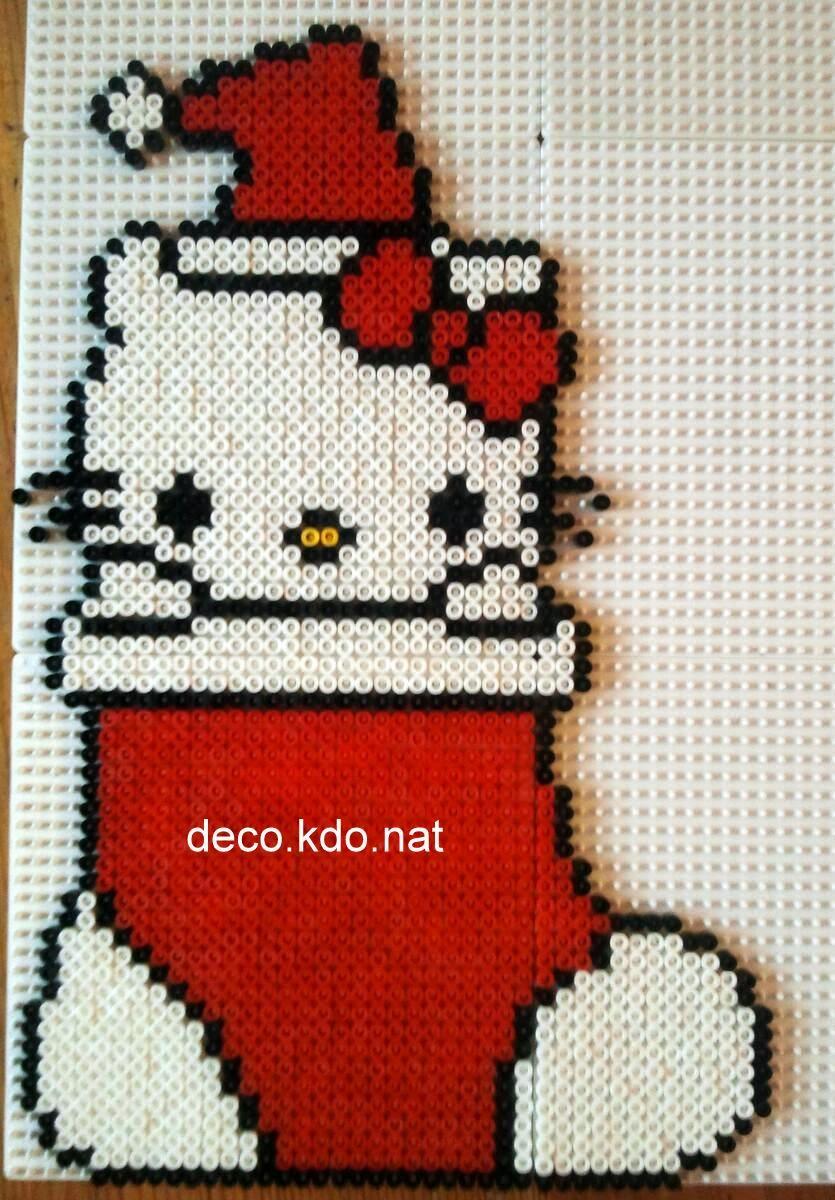 Deco kdo nat perles hama chaussette de no l hello kitty - Hello kitty noel ...