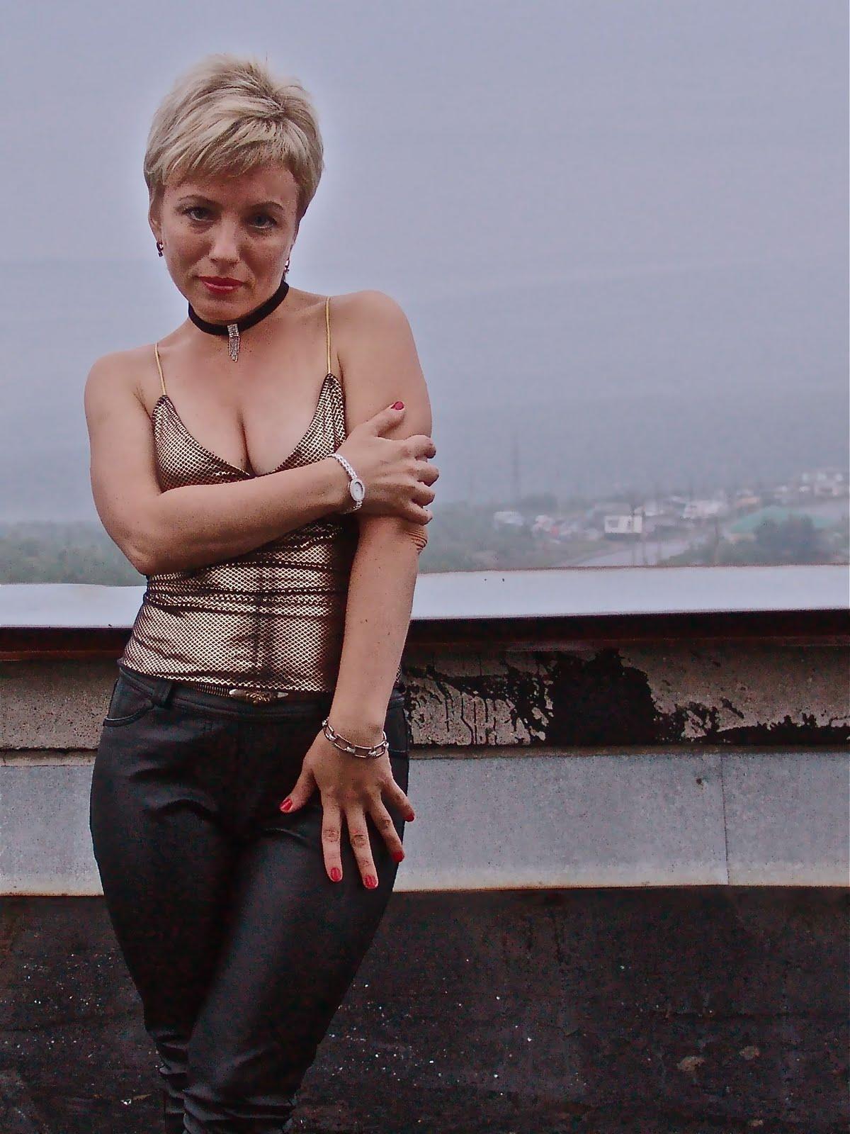 Порно ролики бесплатно девочки в латексе коже