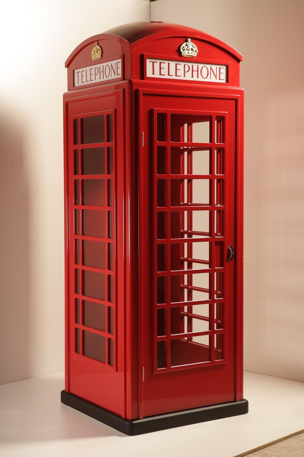 Cabina telefonica in legno idea arredo for Cabina telefonica inglese arredamento