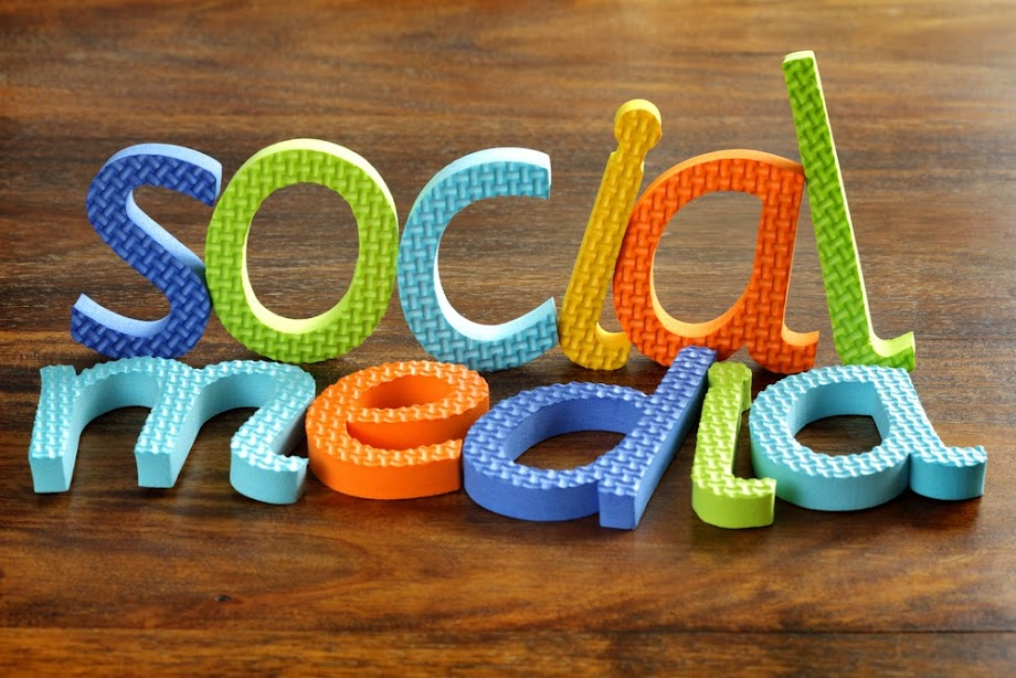 15+ surprising and Fun Facts on Social Media in The UK [INFOGRAPHIC]