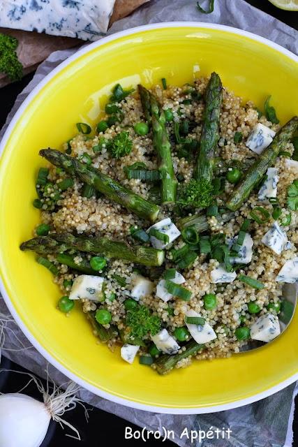 Sałatka z komosy ryżowej ze szparagami