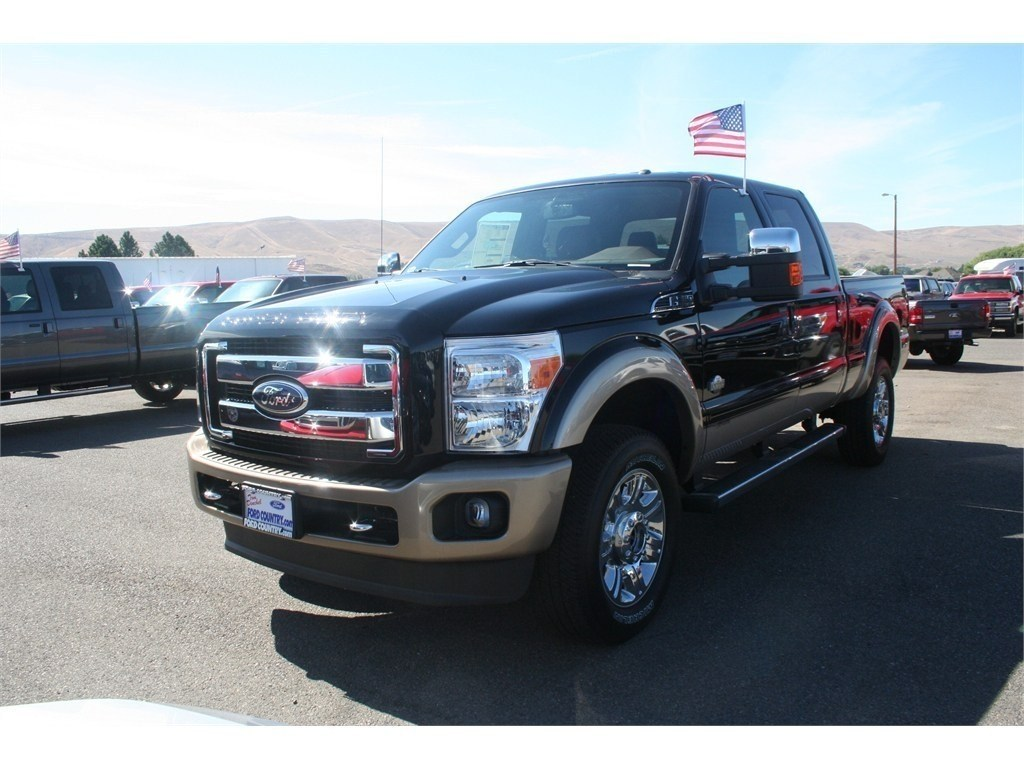 ford f 350 super duty spy shots car features pictures. Black Bedroom Furniture Sets. Home Design Ideas