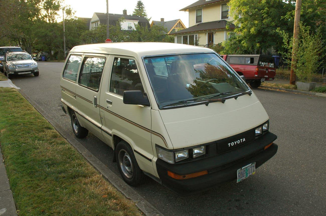 old parked cars 1986 toyota van. Black Bedroom Furniture Sets. Home Design Ideas
