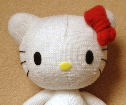 Knitting Pattern Hello Kitty : knitterbees: Hello Kitty plush toy pattern
