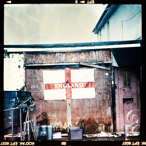 This is a photography of the flag of england photographed by Andreas Warren Matti.
