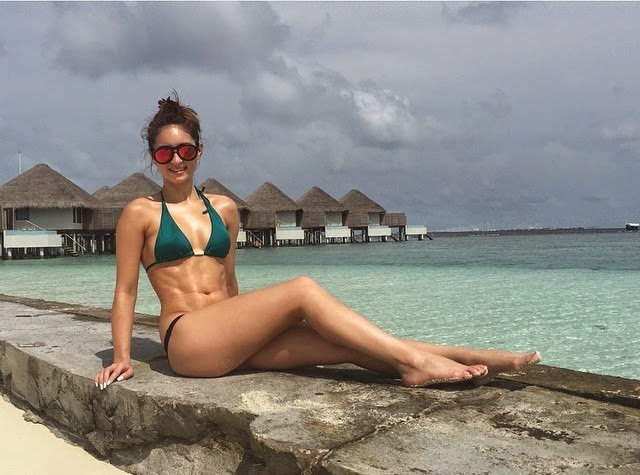 Coleen Garcia with Billy Crawford Spend Holidays in Maldives