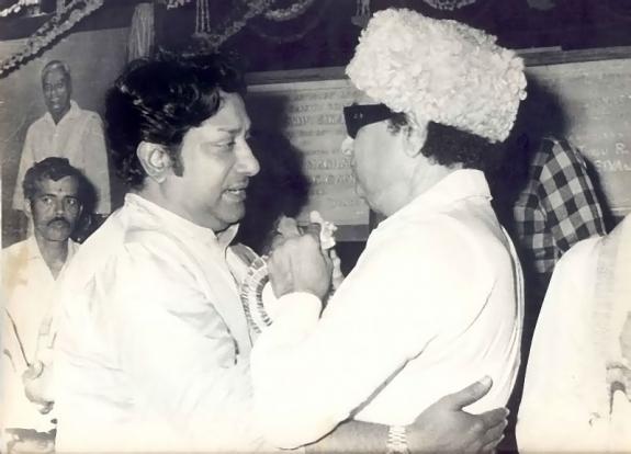 'Makkal Thilagam' MGR & 'Nadiagar Thilagam' Sivaji Ganesan