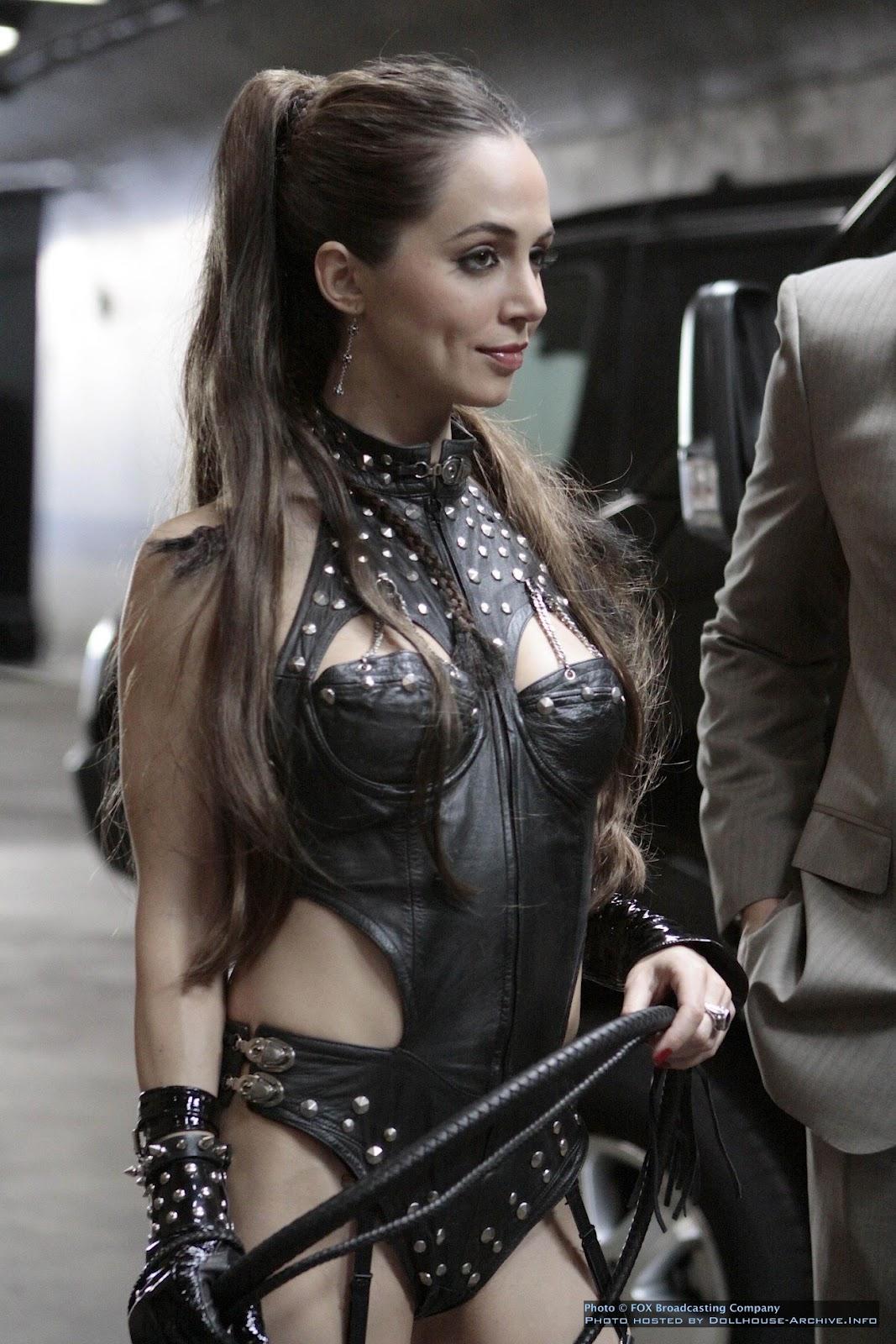 http://3.bp.blogspot.com/-XmKUNDrh1uU/T_d-L5diLSI/AAAAAAAAHsc/3D4QBTzxurs/s1600/Eliza-dushku-leather_dollhouse_echo.jpg