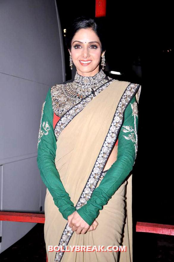 , Sridevi On The Sets Of Kaun Banega Crorepati 6