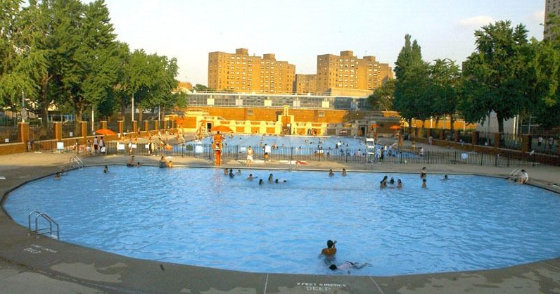 Ev Grieve Wet Hot Nyc Summer City Pools Open Today