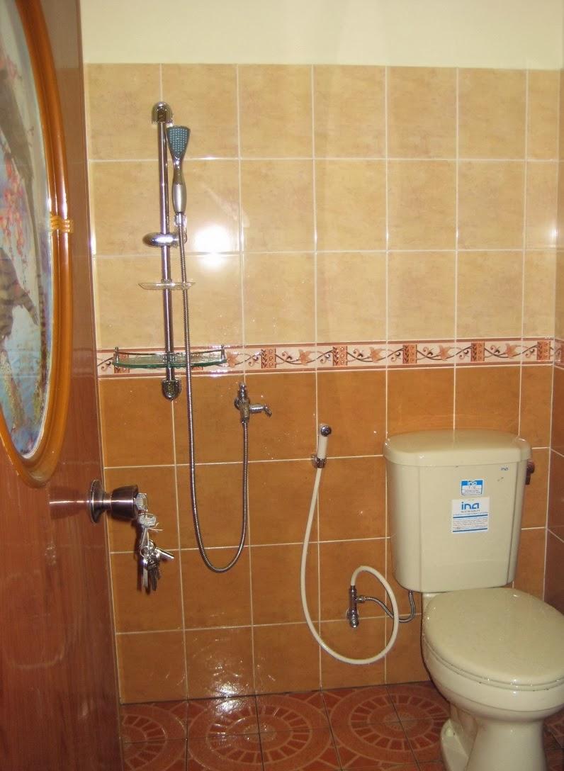 download desain interior kamar mandi apartemen minimalis