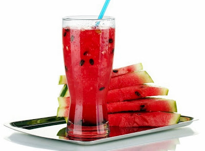 manfaat jus semangka untuk mengatasi dehidrasi