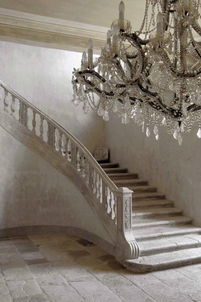 Château de Moissac (fr) - as seen on linenandlavender.net, http://www.linenandlavender.net/2013/04/revisiting-chateau-de-moissac-fr-little.html
