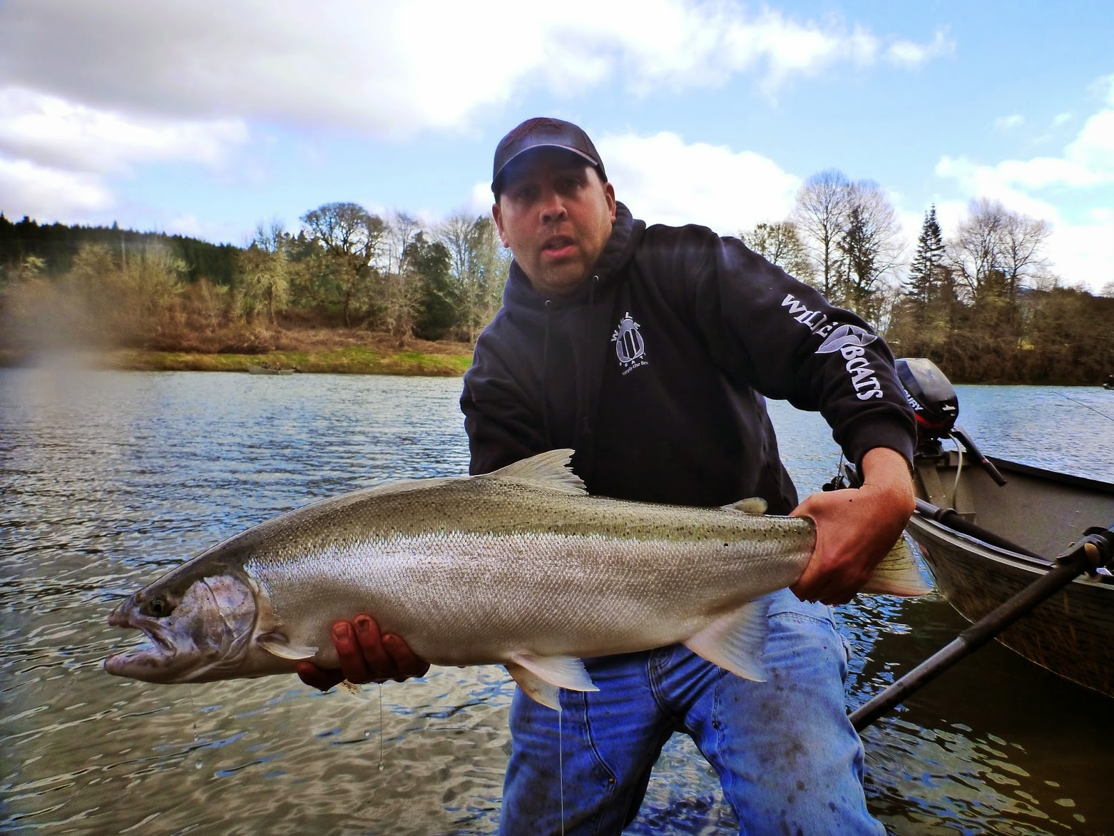 Umpqua River Fishing Guides.
