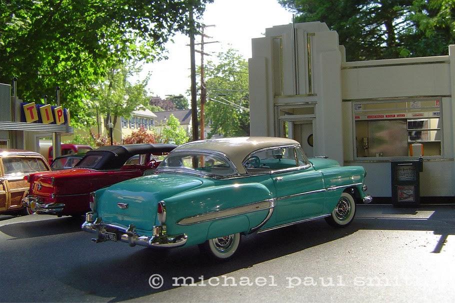 02-1953-Chevy-Model-World-1950s-Model-Maker-Michael-Paul-Smith-www-designstack-co