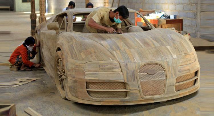 bugatti veyron 1 1 scale wooden replica looks amazing. Black Bedroom Furniture Sets. Home Design Ideas