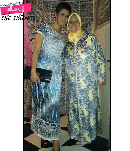 سلمى رشيد رفقة والدتها وأختها شيماء
