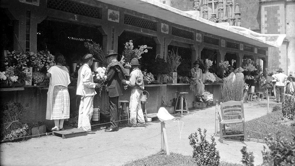 Antiguo Mercado de las Flores en la Plaza de la Santa Veracruz sobre la avenida Hidalgo